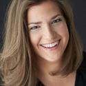 Alexandra Larochelle : La jeune fille à la plume