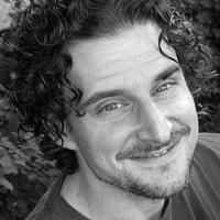 Jean-Philippe Morin : La parentalité, mieux vaut en rire qu'en pleurer