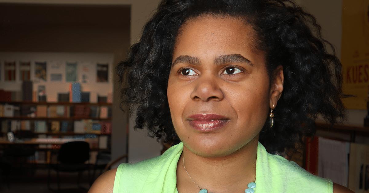 Lorrie Jean-Louis : Les bras ouverts