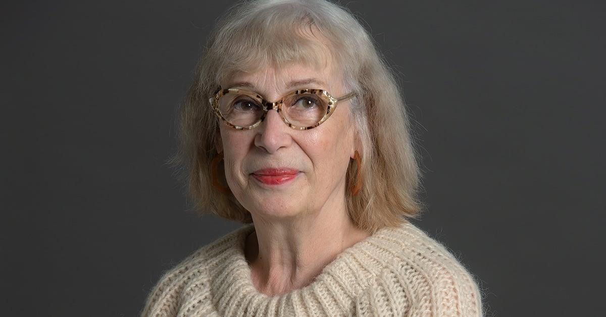 Chloé Savoie-Bernard dans l'univers de Carole David : Fleurir au rythme  des temps superposés